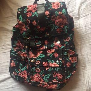 Handbags - 🌟BOGO🌟Canvas floral backpack
